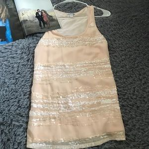 3/$18 Nude Express sleeveless blouse